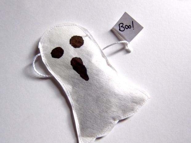 DIY-ghost-teabag