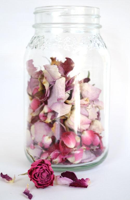rose_petal_jar